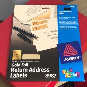 🌹🌹 3 for $15 🌹🌹AVERY GOLD address labels
